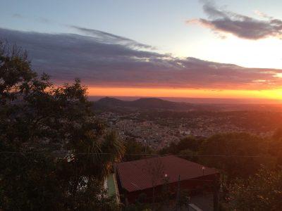 Dormire in b&b a Napoli e visitare la città sommersa di Baia Campi Flegrei visti dalla Collina dei Camaldoli