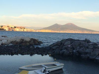 Barche e Vesuvio